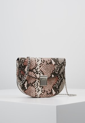 SUSIE SNAKE SADDLE - Borsa a tracolla - pink