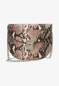 New Look - SUSIE SNAKE SADDLE - Skuldertasker - pink - 5