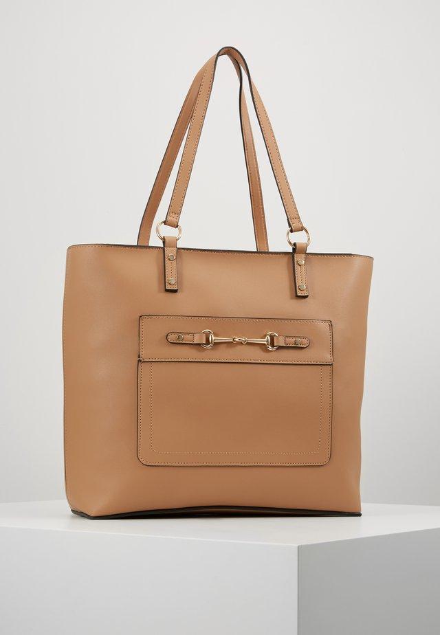 SYLVIE SNAFFLE TOTE - Shopping Bag - camel