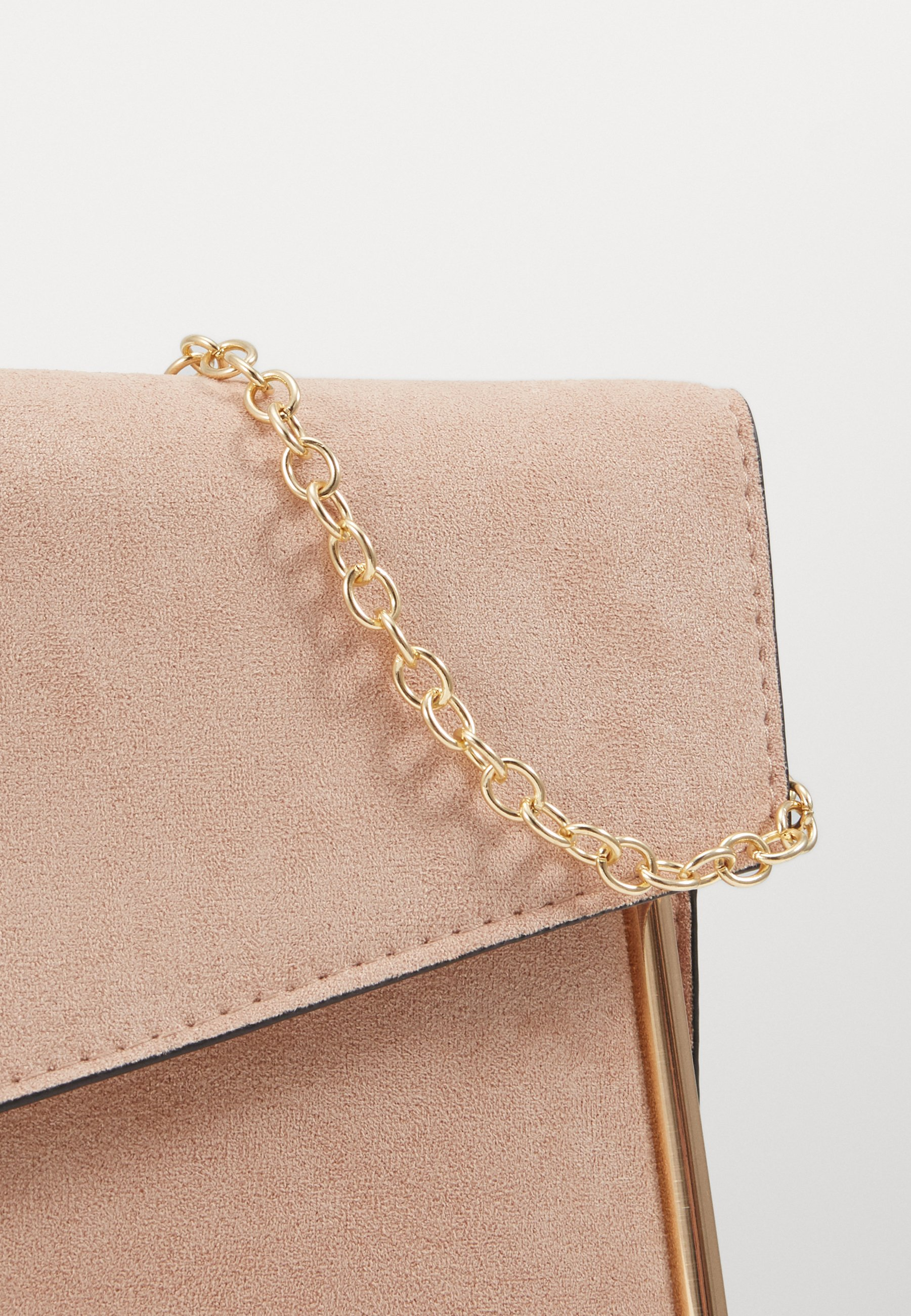 New Look ALANA - Clutch - nude/gold