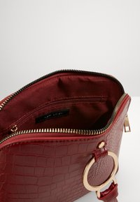New Look - PIPER KETTLE - Sac bandoulière - bright red - 3