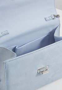 New Look - RIA HANDLE - Sac bandoulière - light blue - 4