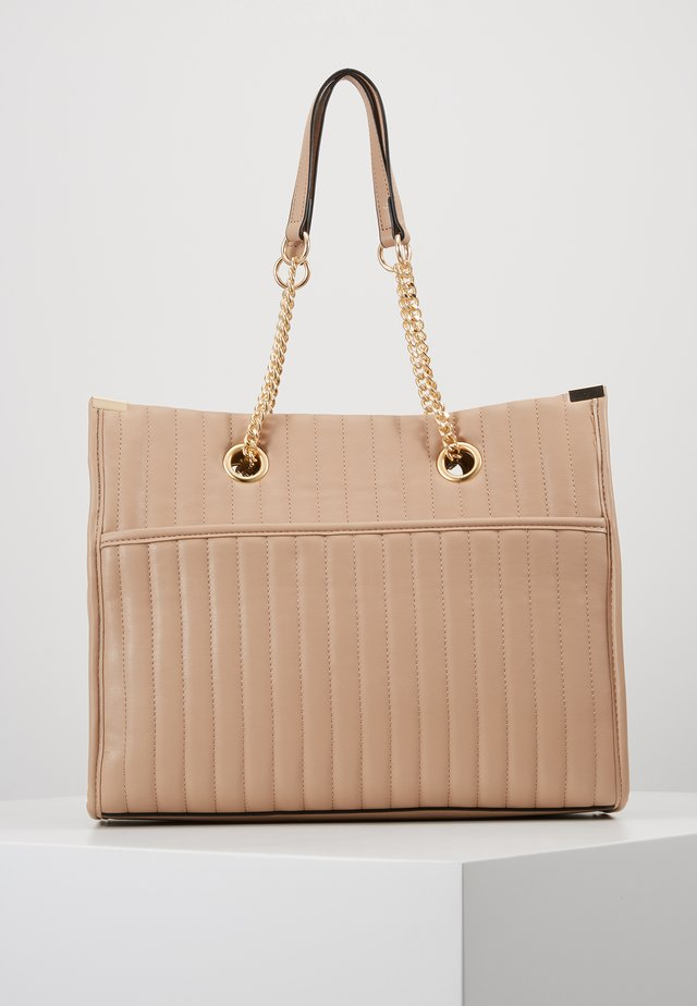 HUGO QUILTED TOTE - Tote bag - camel