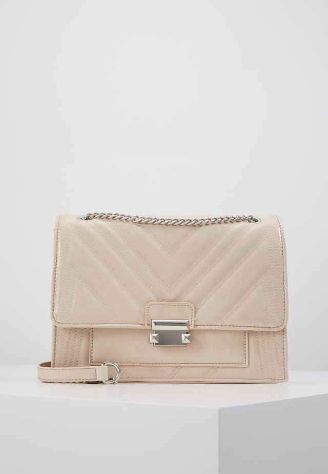 MOLLY MAE QUILTED - Across body bag - oatmeal