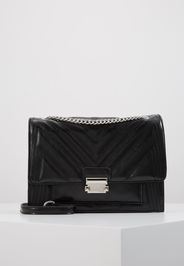 MOLLY MAE QUILTED - Across body bag - black
