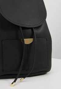 New Look - CLIFF BACKPACK - Rucksack - black - 6