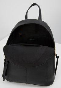 New Look - SID STUDDED ZIP BACKPACK - Reppu - black - 4