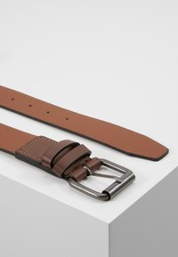 New Look - DOUBLE KEEPER TEXTURE BELT - Belt - mid brown - 2