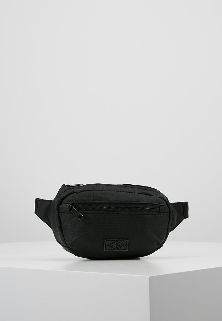 New Look - WALKERS BUMBAG - Ledvinka - black