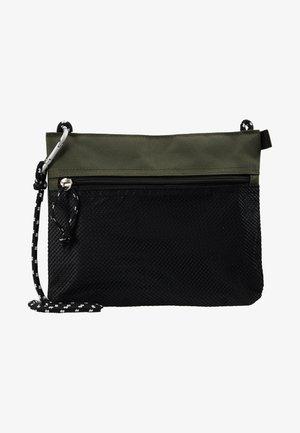 HIKER POUCH BAG  - Schoudertas - dark khaki