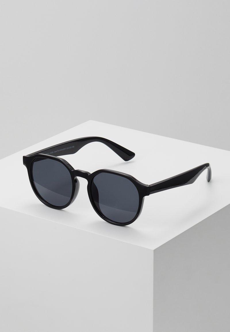 New Look - CORE PREPPY ROUND - Sunglasses - black