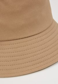 New Look - BUCKET HAT - Hatt - stone - 4