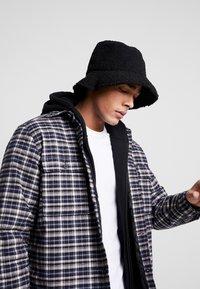 New Look - BORG BUCKET  - Hat - black - 1