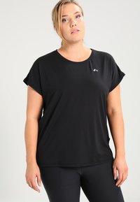 ONLY Play - ONPAUBREE LOOSE TRAINING TEE CURVY - T-shirts basic - black - 0