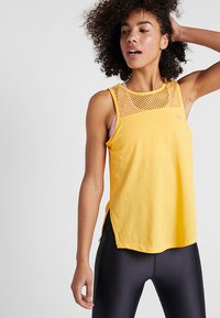 ONLY Play - ONPCELESTIAL TANK - Topper - amber yellow - 0