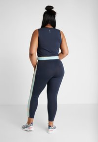 ONLY Play - ONPSPRING CROPPED SOLID  - Top - blue nights/canal blue/amber - 2