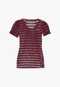 ONLY Play - ONPAMELIA - T-shirts med print - beet red/melange - 3