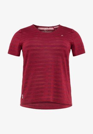 ONPAMELIA TRAINING TEE  - Camiseta estampada - beet red