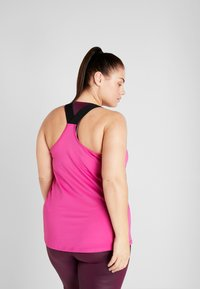ONLY Play - ONPGOLDIE TRAINING CURVY - Débardeur - very berry - 2