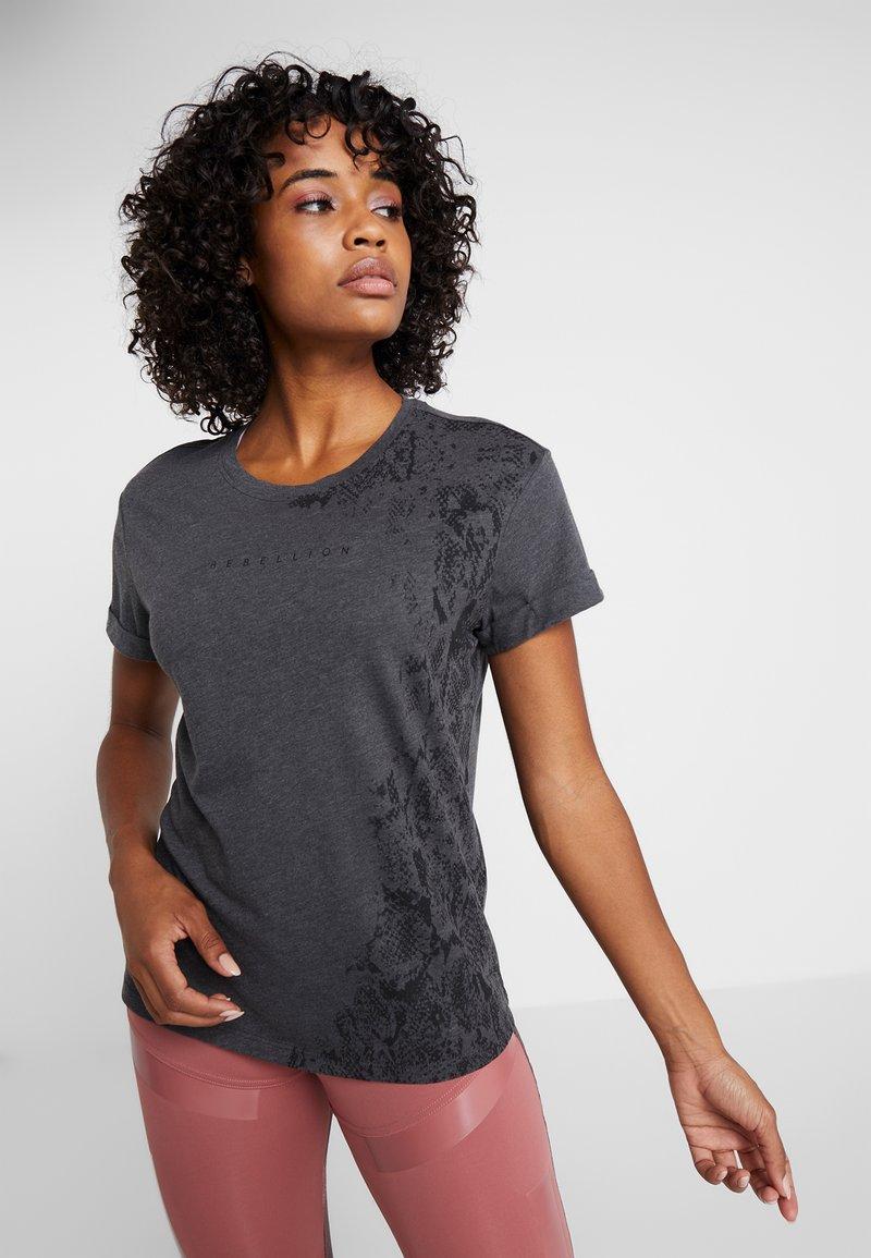 ONLY Play - ONPREBEL FOLD UP TEE - Funktionsshirt - dark grey melange/black