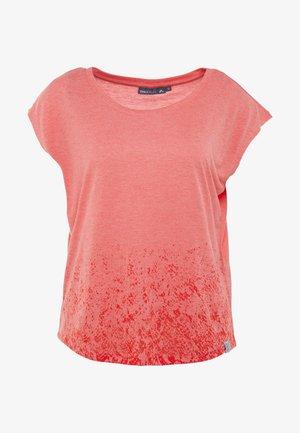 ONPPYTHON CURVED BURNOUT TEE - T-shirt con stampa - flame scarlet melange