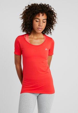 ONPORA CIRCULAR - T-shirts med print - flame scarlet