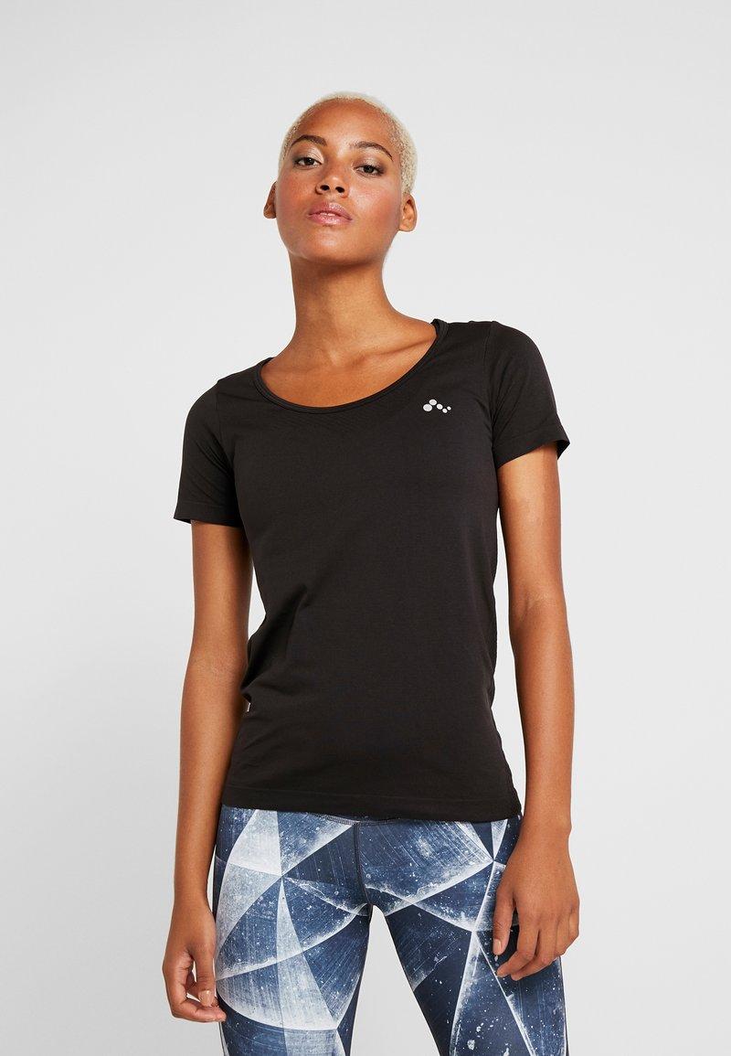 ONLY Play - ONPORA CIRCULAR - T-shirt print - black