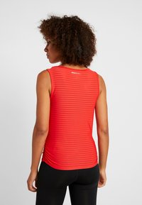 ONLY Play - ONPOLYA TRAINING  - Sportshirt - flame scarlet - 2
