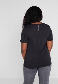 ONLY Play - ONPORA CIRCULAR CURVY - T-shirt print - black - 2