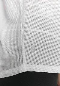 ONLY Play - LOOSE TRAINING TANK - Treningsskjorter - white - 5