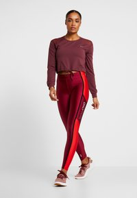 ONLY Play - ONPJAVA CROPPED TEE - Long sleeved top - purple - 1