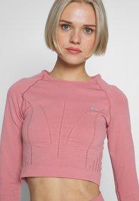 ONLY Play - ONPJAVA CIRCULAR CROPPED - Camiseta de deporte - dusty rose - 3