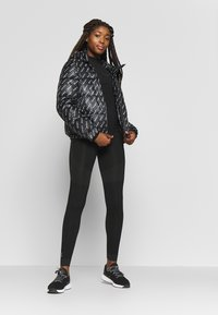 ONLY Play - ONPJAMINA SLIM CIRCULAR - Sports shirt - black - 1