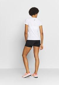 ONLY Play - ONPPERFORMANCE V NECK TEE - T-shirt basic - white/black/red - 2