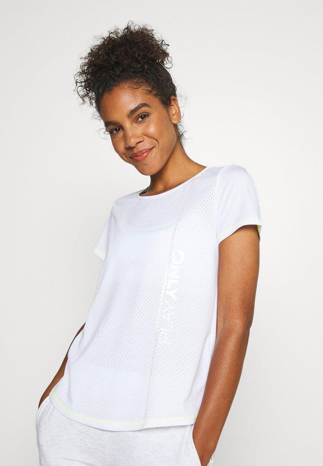ONPALIX TRAINING TEE - T-Shirt print - white/safety yellow/iridescent