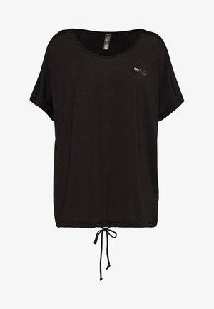ONPADELIA TEE CURVY - Funktionsshirt - black