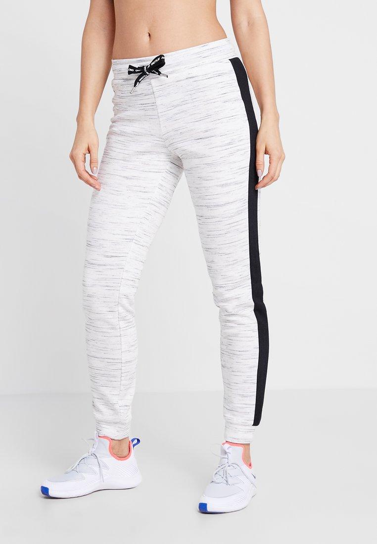 ONLY Play - ONPCORAL PANTS - Jogginghose - white melange