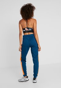 ONLY Play - ONPTANGERINE LOOSE TRACK PANTS - Tracksuit bottoms - gibraltar sea/celosia orange - 2