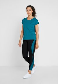 ONLY Play - ONPJOYCE LEGGINGS - Punčochy - black/shaded spruce - 1