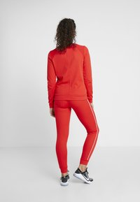 ONLY Play - JOANNA REGULAR PANTS - Collant - flame scarlet/white - 2