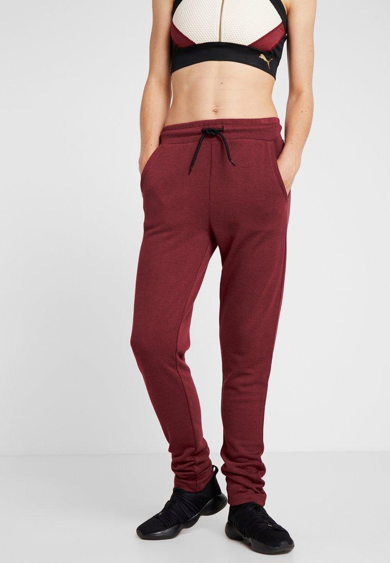 ONLY Play - ONPJENNA SLIM PANTS - Pantalones deportivos - beet red/melange