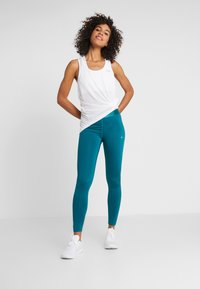 ONLY Play - ONPORA TRAINING - Tights - shaded spruce - 1