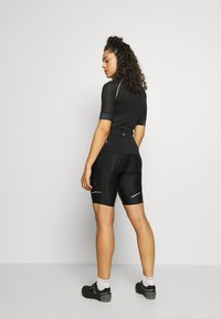 ONLY Play - ONPPERFORMANCE BIKE SHORTS - Tights - black - 2