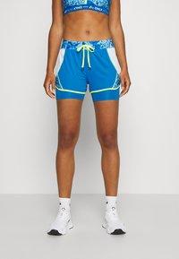 ONLY Play - ONPANGILIA LIFE  - Pantalón corto de deporte - imperial blue/white - 0