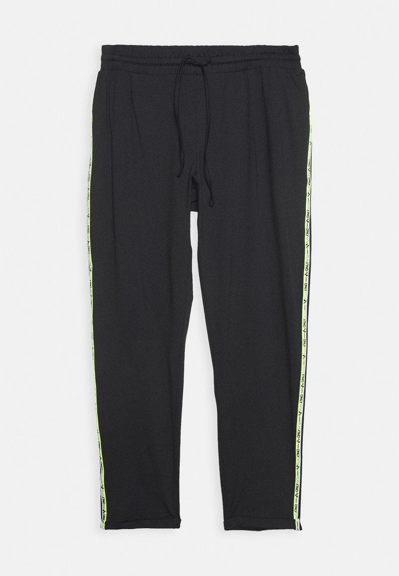 ONLY Play - ONPADOR PANTS CURVY - Teplákové kalhoty - black