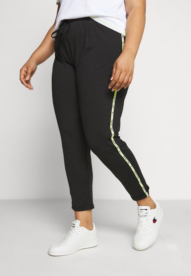 ONPADOR PANTS CURVY - Pantaloni sportivi - black