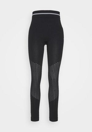 ONPAILA CIRCULAR - Leggings - black/white