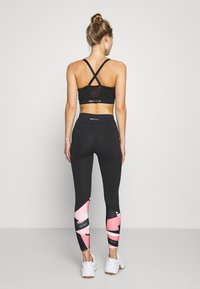 ONLY Play - ONPMINALIS TRAINING - Tights - black/strawberry pink - 2