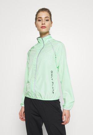ONPPERFORMANCE RUN JACKET - Sports jacket - green ash/black