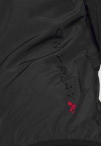 ONLY Play - ONPPERFORMANCE RUN JACKET - Sports jacket - black - 3